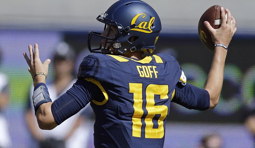 California's Jared Goff passes against Colorado during the first half of an NCAA college football game Saturday, Sept. 27, 2014, in Berkeley, Calif. (AP Photo/Ben Margot)