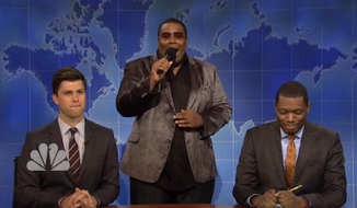 "Comedian Michael Che made his ""Saturday Night Live"" debut as a ""Weekend Update"" anchor, trading jabs with Colin Jost and Kenan Thompson at President Obama's dismal approval ratings. (NBC)"