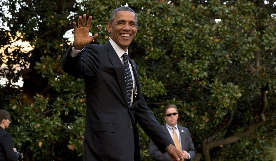 President Barack Obama waves as he leaves the White House to board the Marine One helicopter en route to Chicago from Washington, Wednesday, Oct. 1, 2014, after a meeting with Israeli Prime Minister Benjamin Netanyahu and the announcement of the resignation of Secret Service Director Julia Pierson amid a recent White House security breach. (AP Photo/Jacquelyn Martin)