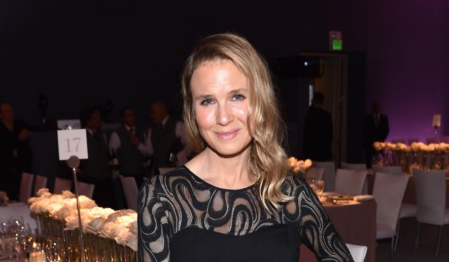 Renee Zellweger attends ELLE's 21st annual Women In Hollywood Awards at the Four Seasons Hotel on Monday, Oct. 20, 2014, in Los Angeles. (Photo by John Shearer/Invision/AP)