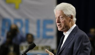 Former President Bill Clinton speaks to supporters at a campaign event for Florida Democratic gubernatorial candidate Charlie Crist, Monday, Nov. 3, 2014, in Orlando, Fla. (AP Photo/John Raoux)