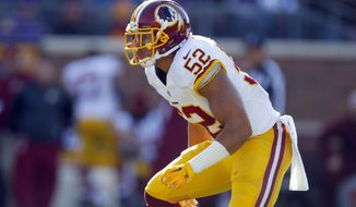 Washington Redskins inside linebacker Keenan Robinson (52) lines up against the Minnesota Vikings during an NFL football game, Sunday, Nov. 2, 2014, in Minneapolis. (Jeff Haynes/AP Images for Panini)