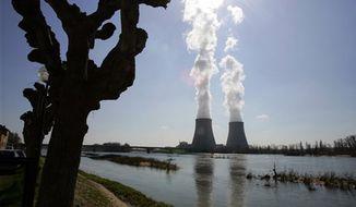 The Belleville-sur-Loire's nuclear plant, across the Loire river, central France, March 27, 2007. (Associated Press) ** FILE **