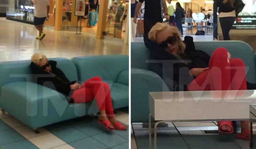 Amanda Bynes has fired back after TMZ published a photo of the troubled actress sleeping on a sofa Thursday morning in the middle of a major Los Angeles shopping mall. (TMZ)