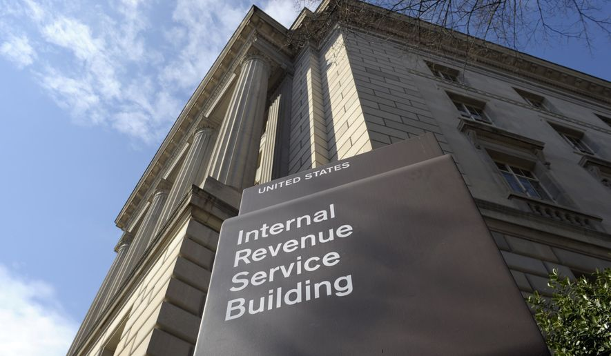 """Jim Kinney proposes a 25 percent cut in the federal workforce, starting with """"the 15,000 new IRS agents authorized to enforce Obamacare tax collection efforts."""" (AP Photo/Susan Walsh, File)"""