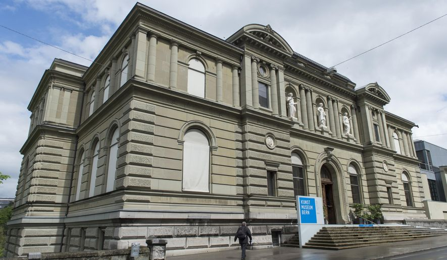 FILE - This May 7, 2014 file picture shows an exterior view of the Kunstmuseum in Bern, Switzerland. The Swiss museum says Monday, Nov. 24, 2014, that it will accept trove of priceless art bequeathed to it by German collector Cornelius Gurlitt. (AP Photo/Keystone, Gian Ehrenzeller, File)