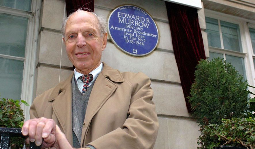 "FILE - In this Feb. 15, 2006 file photo, An English Heritage Blue Plaque is unveiled for American broadcaster Edward R. Murrow by fellow reporter Richard C. Hottelet at Weymouth House, Hallam Street, in London, where he lived  from 1938-1946 during the blitz.  Hottelet, the last of the original ""Murrow's Boys,"" the pioneering group of wartime journalists hired by CBS radio newsman Edward R. Murrow, has died. He was 97. CBS News spokesman Kevin Tedesco said Wednesday, Dec. 17, 2014, that Hottelet died Tuesday night, Dec. 16,  at his home in Connecticut. (AP Photo/Peter Willows, File)"