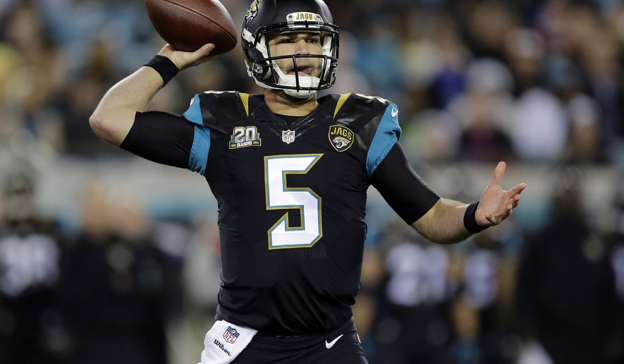 Jacksonville Jaguars quarterback Blake Bortles throws a pass against the Tennessee Titans during the first quarter of an NFL football game Thursday, Dec. 18, 2014, in Jacksonville, Fla. (AP Photo/Chris O'Meara)