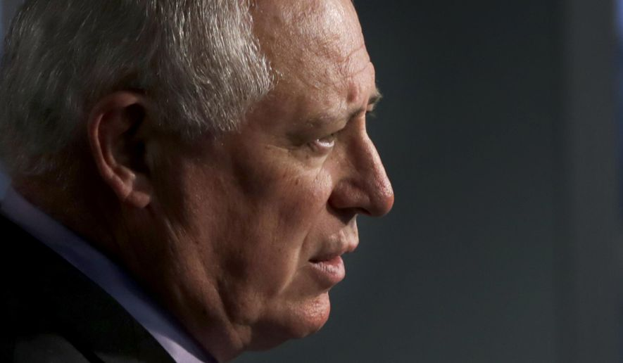 FILE - In this Nov. 5, 2014 file photo, Illinois Gov. Pat Quinn speaks at a news conference in Chicago. Gov. Pat Quinn granted 179 clemency requests Wednesday, Dec. 24, 2014 after going through 604 petitions filed since 2008. The Chicago Democrat typically makes such announcements ahead of holidays and issued a Christmas Eve statement saying he's also denied 425 petitions. Quinn still has roughly 3,000 petitions with just weeks left before Republican Gov.-elect Bruce Rauner is sworn in. (AP Photo/Charles Rex Arbogast, File)