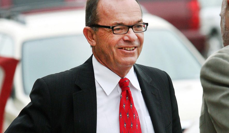 FILE - In this April 29, 2009 file photo, Tim Blixseth arrives at the federal courthouse in Missoula, Mont. A federal appeals court ordered the release Wednesday, Dec. 24, 2014, of real estate mogul, Blixseth, who was jailed last week in Montana after being found in contempt of court over his sale of a Mexico resort. The ruling by the 9th U.S. Circuit Court of Appeals comes after the onetime billionaire and Yellowstone Club founder was jailed Thursday, Dec. 18, 2014, for not giving U.S. District Judge Sam Haddon a full accounting of a 2011 hotel property sale for $13.8 million.  (AP Photo/Mike Albans, File)