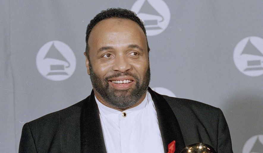 Musician Andrae Crouch has died at age 72 after suffering a recent heart attack.  (AP Photo/Kevork Djansezian, File)