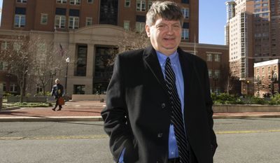 In this Jan. 5, 2015, file photo, New York Times reporter James Risen leaves federal court in Alexandria, Va. Federal prosecutors in Alexandria filed a motion Monday saying that neither prosecutors nor the defense should be permitted to call Risen at the trial of ex-CIA man Jeffrey Sterling, whose jury trial begins Tuesday. (AP Photo/Cliff Owen, File)