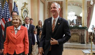 Rep. Curt Clawson will deliver the official tea party response to President Obama's State of the Union address from the National Press Club. (Associated Press)