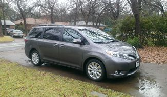 2015 Toyota Sienna (Photo by Rita Cook)