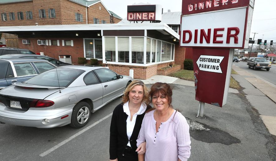 ADVANCED FOR RELEASE SUNDAY, FEBRUARY 1, 2015 AND THEREAFTER Winchester, Va. residents Jerri DeHart, left, and Lynette Booth have opened Lynette and Jerri's Diner on Amherst Street in Winchester, Va. (AP Photo/The Winchester Star, Jeff Taylor)