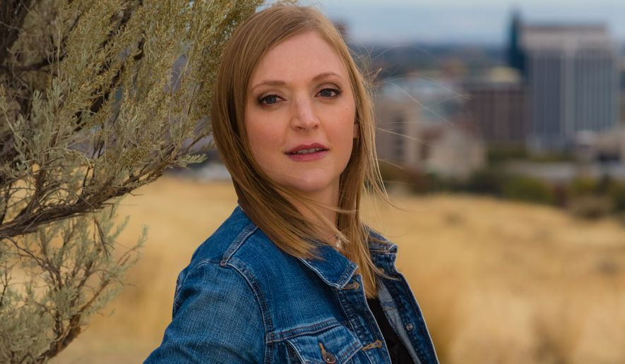 Portrait of Eilen Jewell at Military Reserve Park in Boise, Idaho on October 22, 2014. Photo by Otto Kitsinger