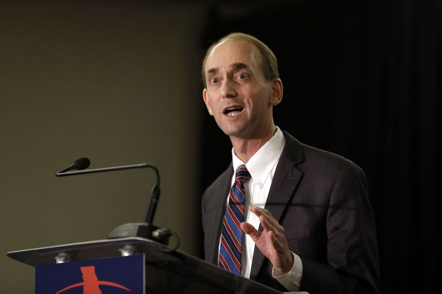 Missouri Auditor Tom Schweich announces his candidacy for governor Jan. 28 in St. Louis. (Associated Press)