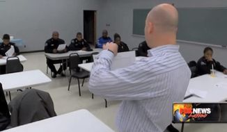 The police department in Jackson, Mississippi is now requiring officers to take a Spanish-language class four times a year in order to better communicate with the city's growing Hispanic community. (Fox News Latino)