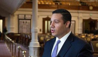 Texas state Rep. Jason Villalba proposed a bill on Tuesday that makes it a misdemeanor for private citizens to photograph or record police officers within 25 feet. (Facebook/@Jason Villalba)