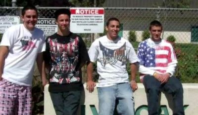 Students at Live Oak High School in Morgan Hill, Calif. wear patriotic clothes on Cinco de Mayo, 2010. (Associated Press) ** FILE **