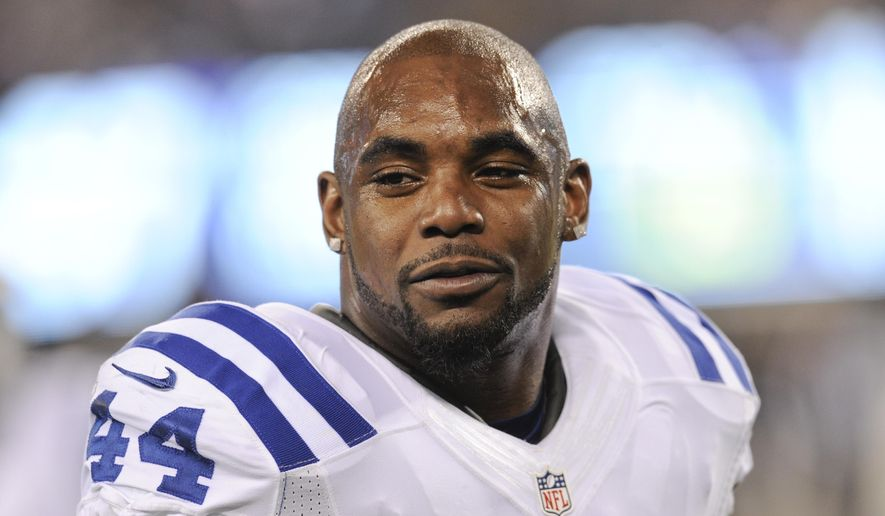 FILE - This Nov. 3, 2014, file photo shows Indianapolis Colts running back Ahmad Bradshaw (44) before an NFL football game against the New York Giants in East Rutherford, N.J. Bradshaw, a veteran NFL running back has pleaded no contest and paid a fine to settle a misdemeanor count of marijuana possession in Ohio. Court documents at Eaton Municipal Court show Bradshaw paid a total $351 in fines and costs under the plea agreement. His Ohio driving privileges are suspended for six months. (AP Photo/Bill Kostroun, File)