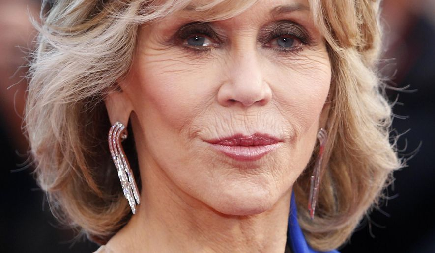 Actress Jane Fonda poses for photographers upon arrival for the screening of the film The Sea of Trees at the 68th international film festival, Cannes, southern France, Saturday, May 16, 2015. (AP Photo/Lionel Cironneau)