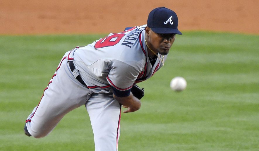 Atlanta Braves starting pitcher Julio Teheran throws to the plate during the second inning of a baseball game against the Los Angeles Dodgers, Tuesday, May 26, 2015, in Los Angeles. (AP Photo/Mark J. Terrill)