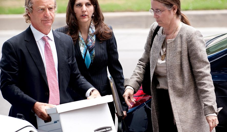 Rita LeBlanc and Renee Benson arrive at civil district court in New Orleans with lawyer Randy Smith Monday, June 1, 2015.  (John McCusker/The Advocate via AP)
