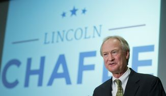 Former Rhode Island Gov. Lincoln Chafee, announces his candidacy for the Democratic presidential nomination during a speech at George Mason University in Arlington, Va., Wednesday, June 3, 2015. Chafee entered the race Wednesday, casting himself as an anti-war candidate who opposed the invasion of Iraq back when Hillary Rodham Clinton supported it. (AP Photo/Manuel Balce Ceneta)