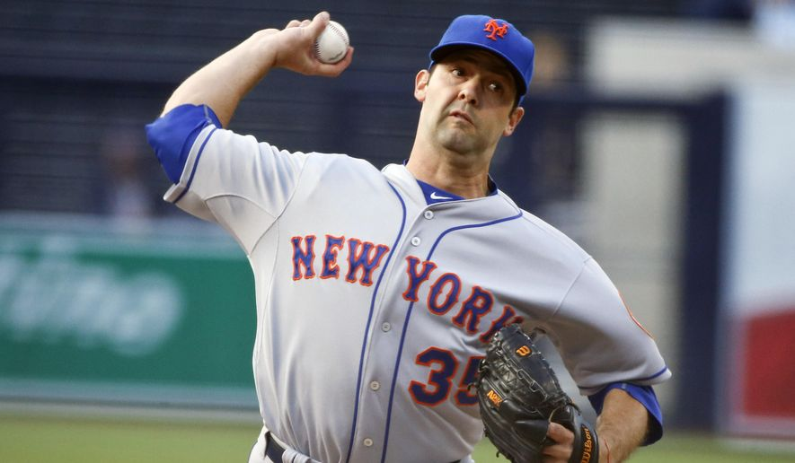 New York Mets starting pitcher Dillon Gee throws a pitch against the San Diego Padres in the first inning of baseball game Wednesday, June 3, 2015, in San Diego.  (AP Photo/Lenny Ignelzi)