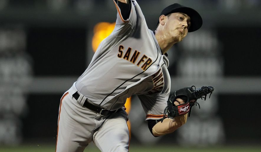 San Francisco Giants' Tim Lincecum pitches during the second inning of a baseball game against the Philadelphia Phillies, Friday, June 5, 2015, in Philadelphia. (AP Photo/Matt Slocum)