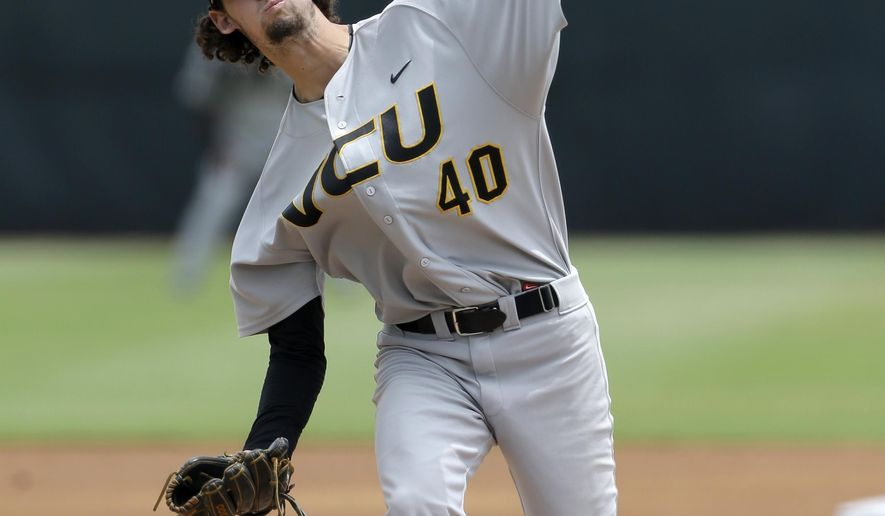 VCU's Jojo Howie pitches against Miami during the first inning in the super regionals of the NCAA college baseball tournament, Friday, June 5, 2015, in Coral Gables, Fla. (AP Photo/Alan Diaz)