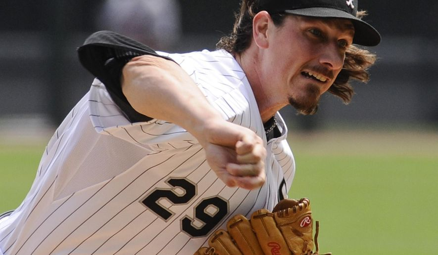 Chicago White Sox starting pitcher Jeff Samardzija delivers against the Detroit Tigers during the first inning of a baseball game in Chicago on Sunday, June 7, 2015. (AP Photo/Matt Marton)