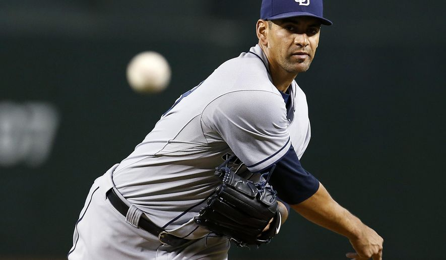 San Diego Padres pitcher Tyson Ross throws in the first inning during a baseball game against the Arizona Diamondbacks, Saturday, June 20, 2015, in Phoenix. (AP Photo/Rick Scuteri)