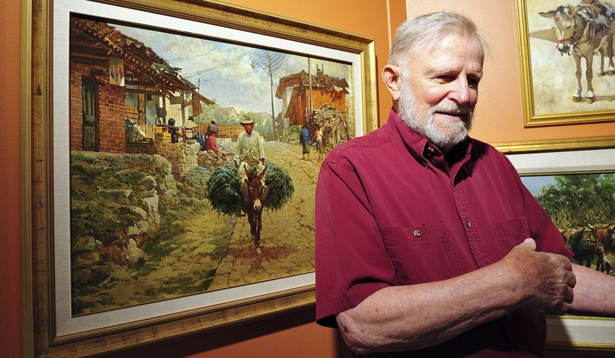 "This Aug. 1, 2012 photo shows Helena artist Robert F. ""Bob"" Morgan at the Montana Historical Society in Helena, Mont. Morgan died Saturday, June 20, 2015, in Helena. He was 85. (Eliza Wiley/The Independent Record via AP)"