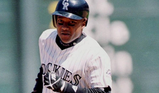 Former Major League Baseball player Darryl Hamilton was killed Sunday in an apparent murder-suicide, according to police. (AP)