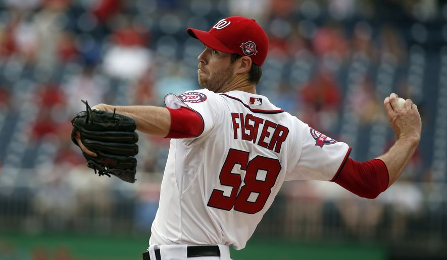 Washington Nationals starting pitcher Doug Fister throws during the first inning of a baseball game against the Atlanta Braves at Nationals Park, Thursday, June 25, 2015, in Washington. (AP Photo/Alex Brandon)