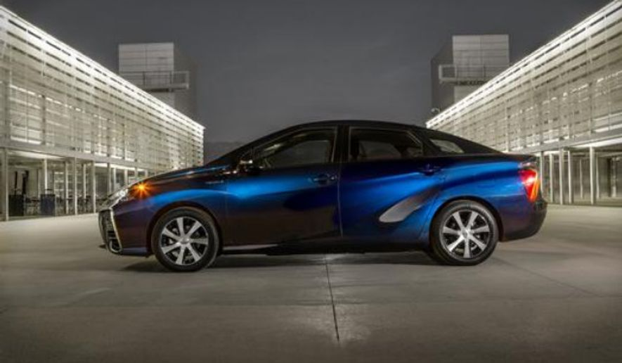 The Toyota Mirai hydrogen fuel cell electric vehicle sets record with 312 miles, which equals the longest driving range of any zero emission vehicle available. (Photo by Toyota Media Room)