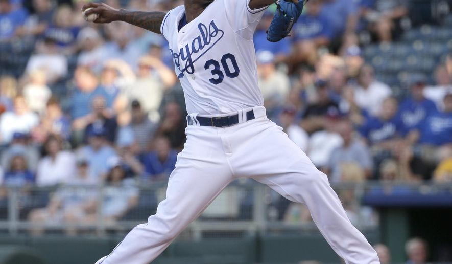 Kansas City Royals starting pitcher Yordano Ventura throws during the first inning of a baseball game against the Pittsburgh Pirates, Monday, July 20, 2015, in Kansas City, Mo. (AP Photo/Charlie Riedel)