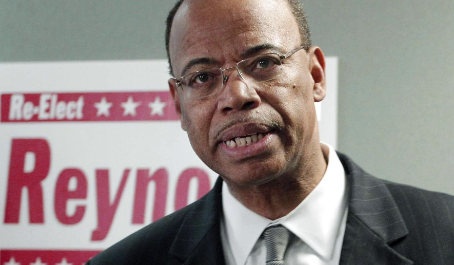 FILE - In this Nov. 28, 2012 file photo, former Illinois Congressman Mel Reynolds speaks in Chicago. In a news release Wednesday, July 29, 2015, Reynolds said he will plead not guilty to federal charges he failed to file income tax returns from 2009 to 2012. He is scheduled to be arraigned Thursday, July 30 at federal court in Chicago. (AP Photo/M. Spencer Green, File)