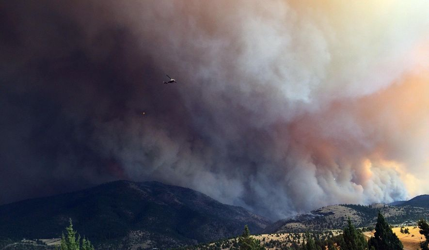 Scenes Friday, Aug. 14, 2015,  from the Canyon Creek Complex fire south of John Day.(Les Zaitz/The Oregonian/OregonLive via AP)