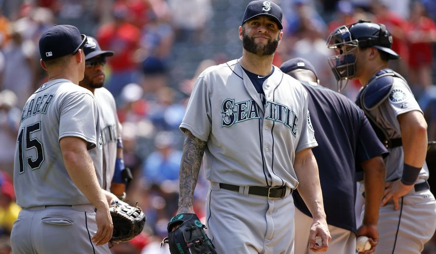 Seattle Mariners relief pitcher Joe Beimel leaves the mound after giving up three straight home runs to the Texas Rangers during the seventh inning of a baseball game Wednesday, Aug. 19, 2015, in Arlington, Texas. The Rangers defeated the Mariners 7-2. (AP Photo/Ron Jenkins)