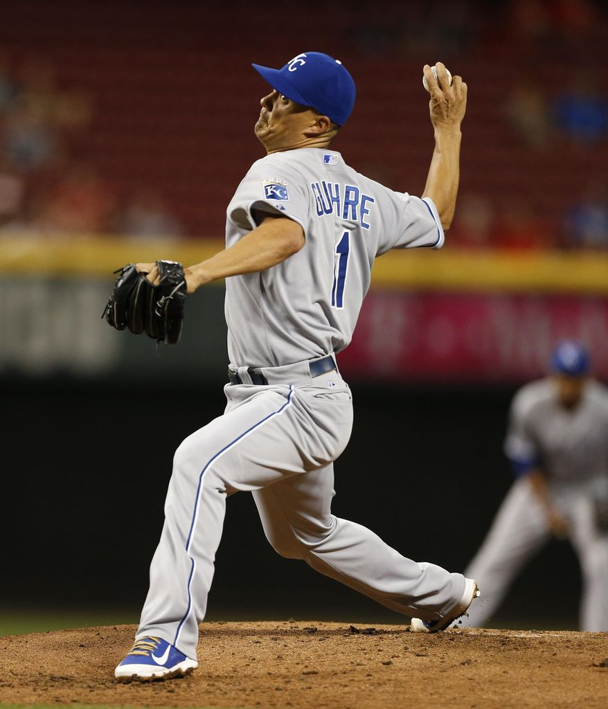Kansas City Royals starting pitcher Jeremy Guthrie throws against the Kansas City Royals during the first inning of a baseball game, Wednesday, Aug. 19, 2015, in Cincinnati. (AP Photo/Gary Landers)