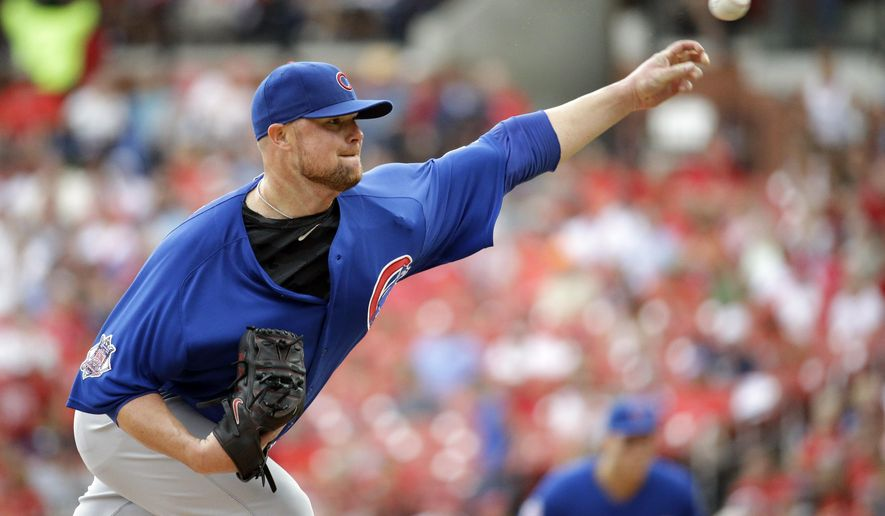 Chicago Cubs starting pitcher Jon Lester throws during the fifth inning of a baseball game against the St. Louis Cardinals on Wednesday, Sept. 9, 2015, in St. Louis. (AP Photo/Jeff Roberson)