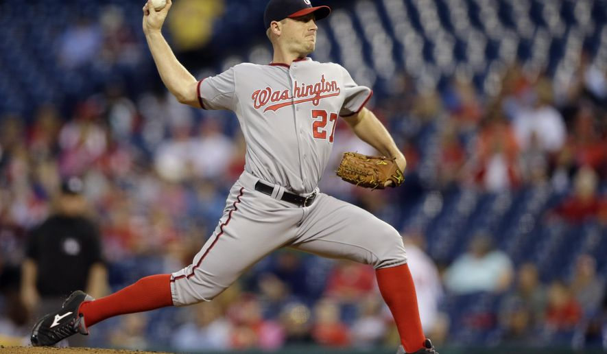 Washington Nationals' Jordan Zimmermann pitches during the first inning of a baseball game against the Philadelphia Phillies, Monday, Sept. 14, 2015, in Philadelphia. (AP Photo/Matt Slocum)