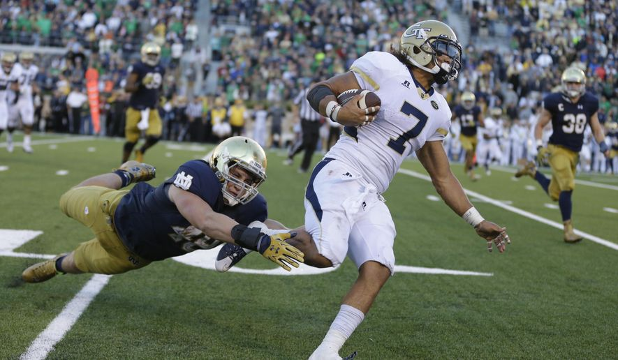 Georgia Tech's Patrick Skov gets past Notre Dame linebacker Greer Martini (48) to score a touchdown during the second half of an NCAA college football game in South Bend, Ind., Saturday, Sept. 19, 2015. Notre Dame defeated Georgia Tech 30-22. (AP Photo/Michael Conroy)