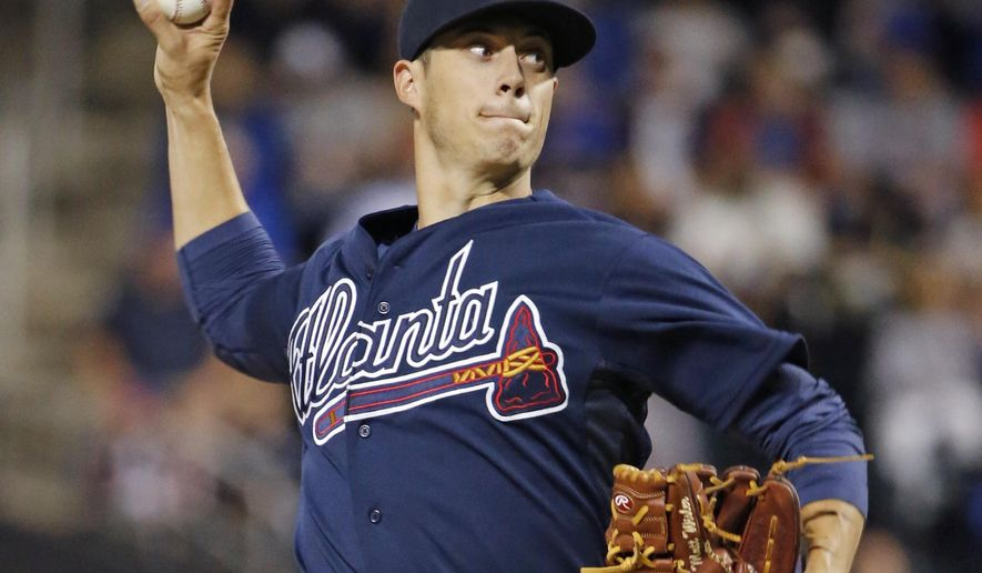 Atlanta Braves starting pitcher Matt Wisler delivers during the first inning of a baseball game against the New York Mets in New York, Tuesday, Sept. 22, 2015. (AP Photo/Kathy Willens)
