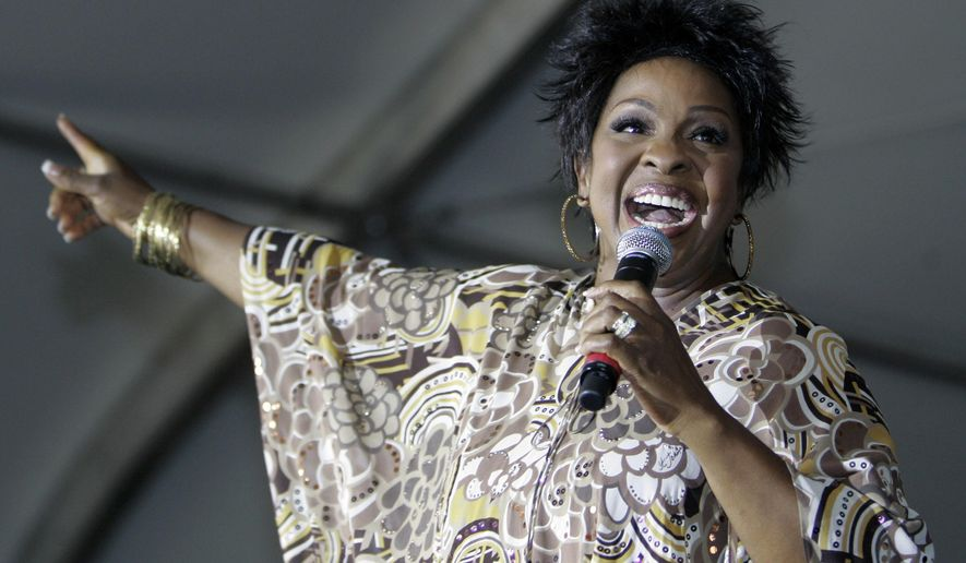 "FILE - In this Saturday, Sept. 8, 2007 file photo, R&B great Gladys Knight performs at the 13th annual Staglin Family Music Festival for Mental Health in Rutherford, Calif. New York Jets coach Todd Bowles is a big fan of R&B singer Gladys Knight and now the ""Empress of Soul"" knows all about it, Wednesday, Sept. 23, 2015. (AP Photo/Eric Risberg, File)"