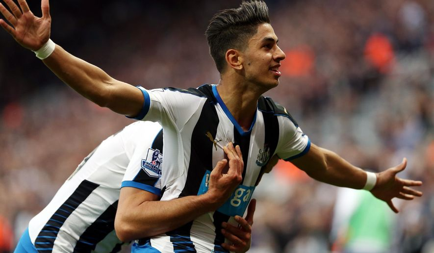 Newcastle United's Ayoze Perez celebrates his goal during the English Premier League soccer match between Newcastle United and Chelsea at St James' Park, Newcastle, England, Saturday, Sept. 26, 2015. (AP Photo/Scott Heppell)