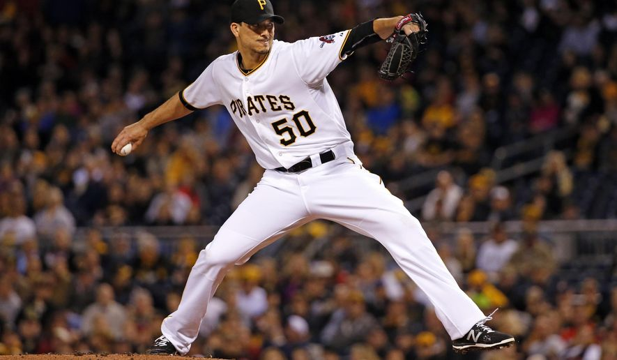 Pittsburgh Pirates starting pitcher Charlie Morton delivers in the first inning of a baseball game against the St. Louis Cardinals in Pittsburgh, Wednesday, Sept. 30, 2015. (AP Photo/Gene J. Puskar)
